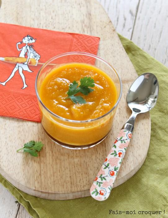Soupe froide de carottes, lentilles corail et coco
