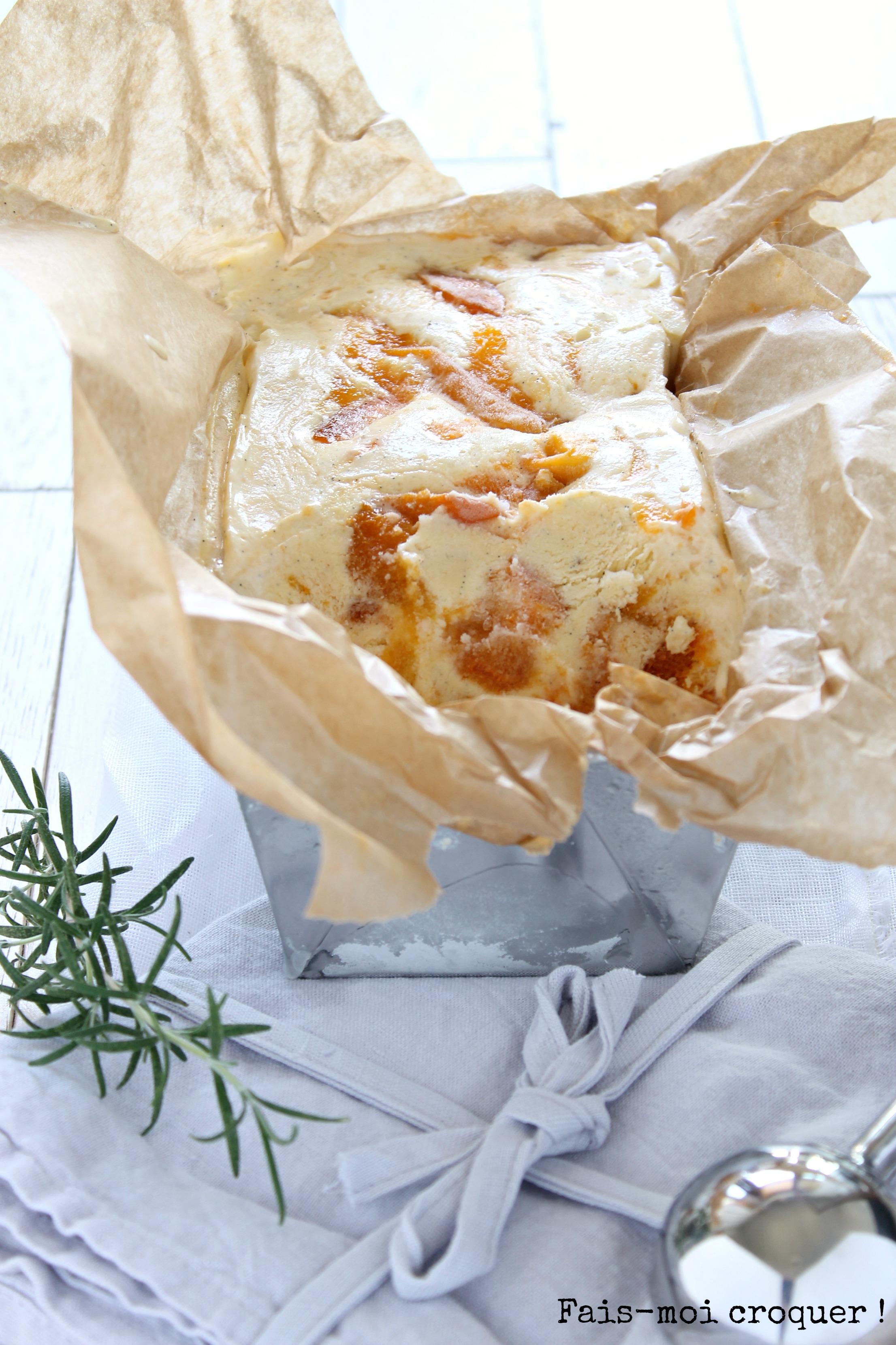 Glace vanille, mascarpone et abricot avec sorbetière