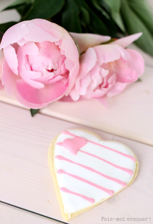 Biscuit décoré de glace royale pour la fête des mères