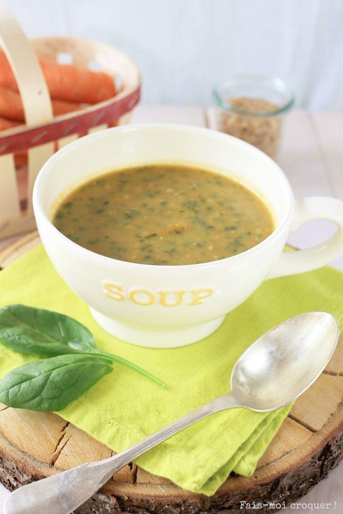 Ma super green soupe au petit épeautre, carottes et épinards