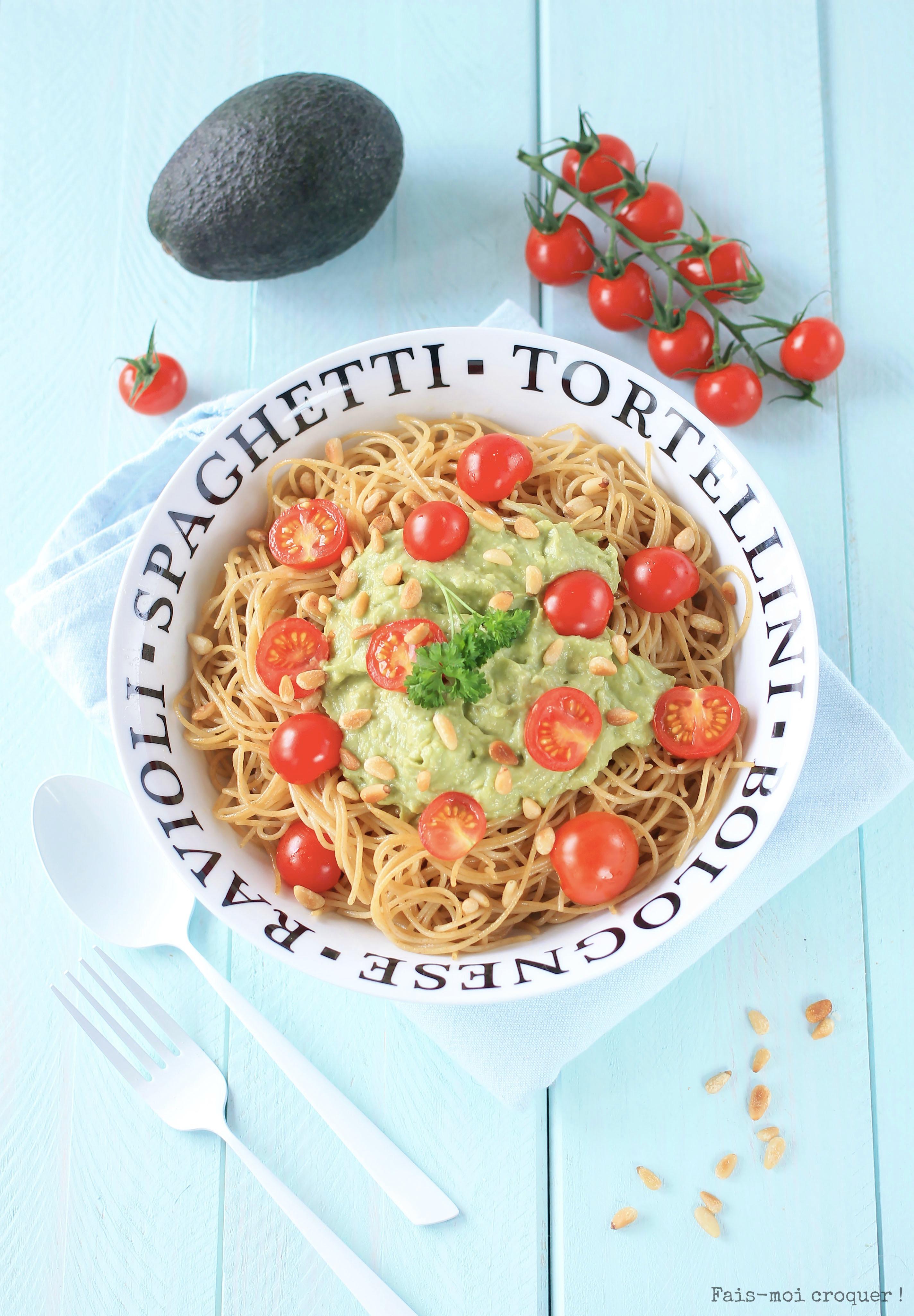 Pate avocat tomates pignons