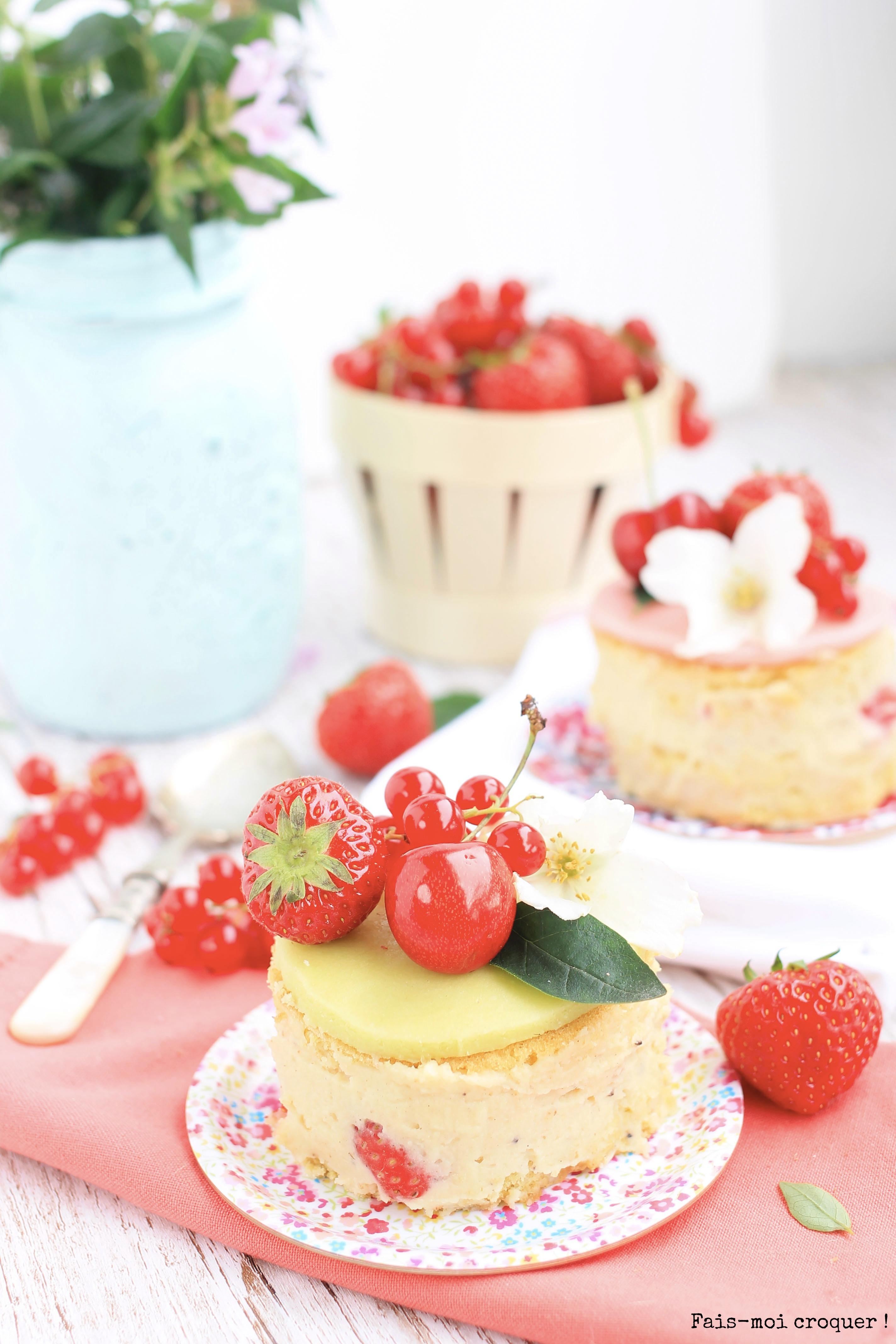 Mini naked cake fraisier