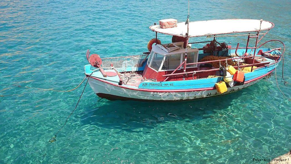 bateau matala crete